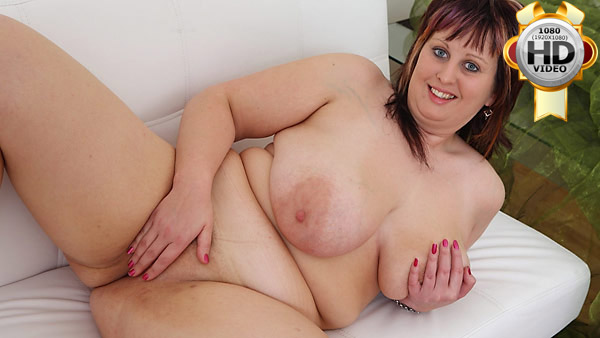 Naked young BBW showing her shaven snatch