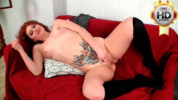 Tattoed college BBW does herself with dildo